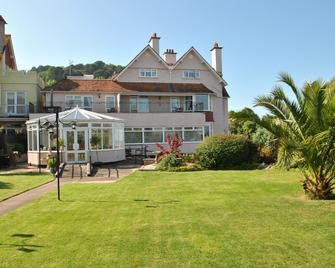 Beachside Suites - Minehead - Building