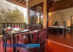Tropical Bali Hotel - Denpasar - Slaapkamer