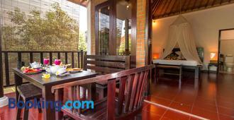 熱帶巴厘島酒店 - 登巴薩 - 臥室