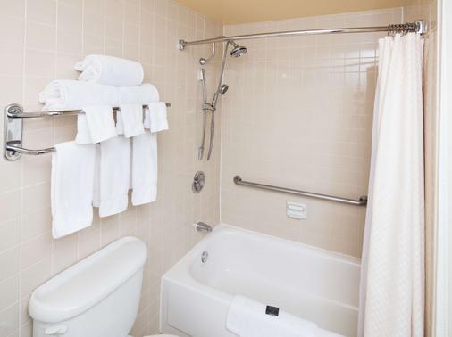 โรงแรมเรดไลอ้อน เบลล์วิว - เบลล์วิว - ห้องน้ำ