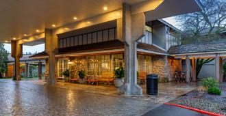 Red Lion Hotel Bellevue - Bellevue - Edifício