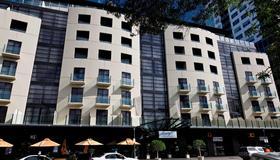 Mantra Hindmarsh Square Adelaide - Adelaide - Building