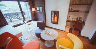 Le Hameau Albert 1er - Chamonix - Living room