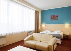 Rija Bauska Hotel - Bauska - Phòng ngủ
