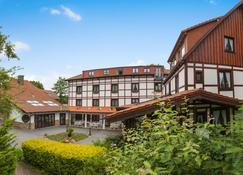 Landhotel Der Schwallenhof - Bad Driburg - Edifício