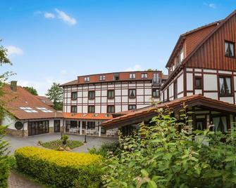 Landhotel Der Schwallenhof - Bad Driburg - Building