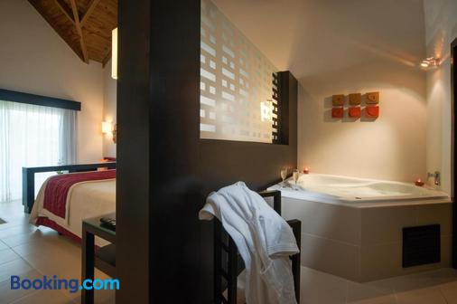 Punta Cana Princess All Suites Resort & Spa - Punta Cana - Bathroom