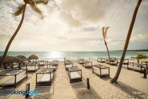 Punta Cana Princess All Suites Resort & Spa - Punta Cana - Beach