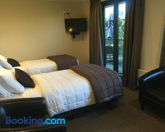 Lake Roxburgh Lodge - Alexandra - Bedroom