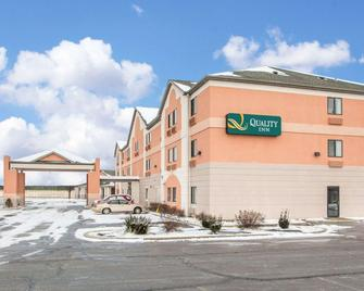 Quality Inn - Merrillville - Edificio