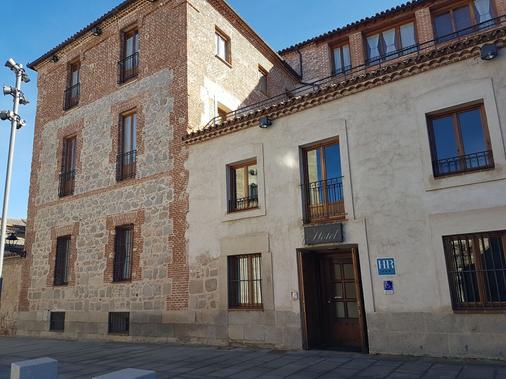 Hotel El Rastro - Ávila - Building