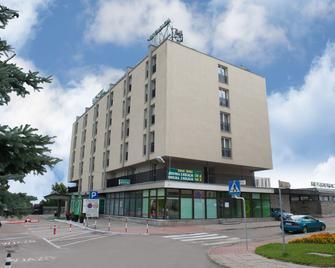 Hotel Gromada Lomza - Łomża - Gebouw