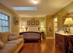 Briar Rose Bed and Breakfast - Boulder - Bedroom