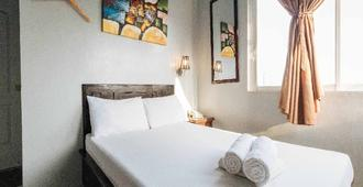 Getz Hotel - Manila - Bedroom