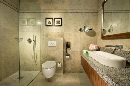 Best Western Premier Hotel Slon - Ljubljana - Bathroom