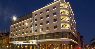 Best Western Premier Hotel Slon - Ljubljana - Gebouw
