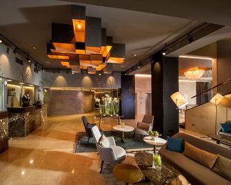 Best Western Premier Hotel Slon - Ljubljana - Reception