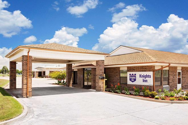 Knights Inn Muskogee - Muskogee - Building