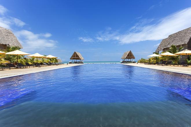 Maalu Maalu Resort & Spa - Kalkudah - Pool