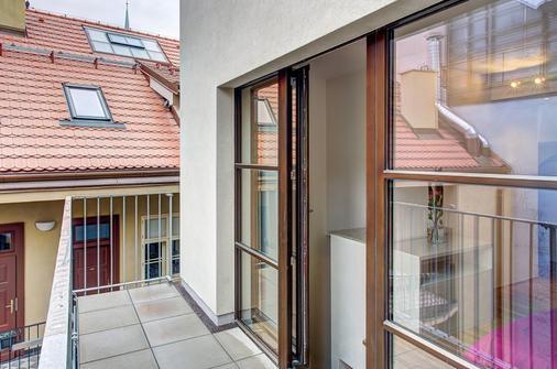 4 間藝術套房酒店 - 布拉格 - 布拉格 - 陽台