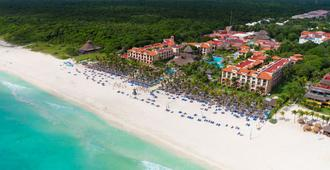 Sandos Playacar Select Club Adults Only - Playa del Carmen - Beach