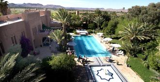 Ouarzazate Le Tichka - אוארזאזטה