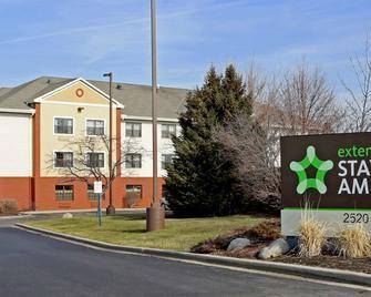 Extended Stay America - Milwaukee - Waukesha - Waukesha - Building