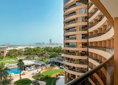 Le Royal Meridien Beach Resort And Spa - Dubai - Building