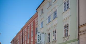 Hotel V Centru - České Budějovice - Building