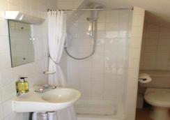Glasgow House - Glasgow - Bathroom
