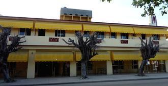 Hotel Vía Blanca - La Habana - Edificio