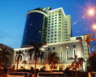 Grand Bluewave Hotel - Johor Bahru - Building