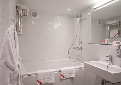 Azimut Hotel Vladivostok - Βλαδιβοστόκ - Μπάνιο