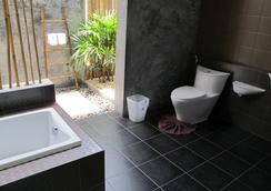 Alphabeto Resort - Rawai - Bathroom