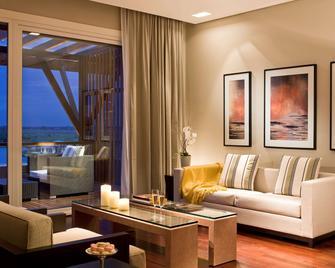 Sofitel La Reserva Cardales - Campana - Living room