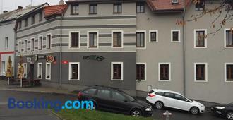 Penzion V Zatacce - Pilsen - Building