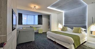 Hotel Cezanne - קאן - חדר שינה