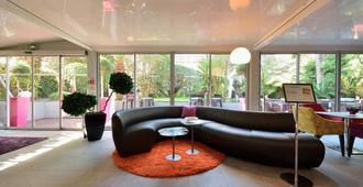 Hotel Cezanne - Cannes - Lounge