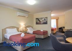 Cotswold Motor Inn - Toowoomba - Bedroom