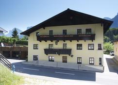 The Farberhaus - Lofer - Building