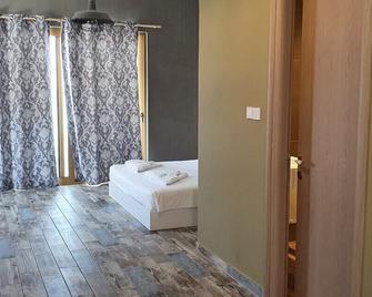 Jacksons Luxury Suites - Kos - Bedroom