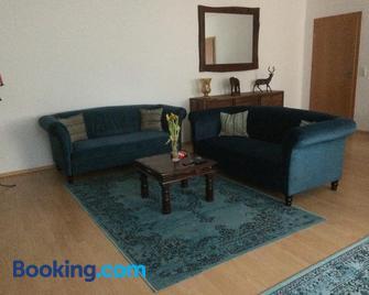 Ferienwohnung Schmitz - Saarburg - Sala de estar