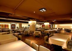 高雄統茂松柏大飯店 - 高雄市 - 餐廳