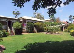Adamsons Riverside Accommodation - Margaret River - Golfplatz