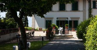 Fh55 Hotel Villa Fiesole - Florence - Building