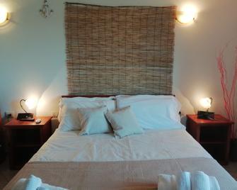 Hotel Velasole - Siniscola - Slaapkamer