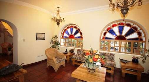 Vieja Cuba Hotel - Quito - Living room