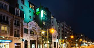 Holiday Inn Reims Centre - Reims - Edificio