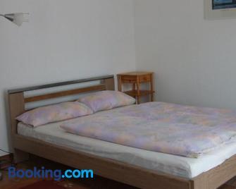 A2-Vermietung - Peine - Bedroom