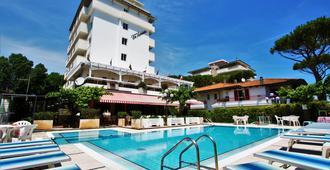 Hotel De Amicis - Riccione - Piscina